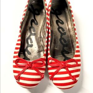Adorable red striped canvas flats size 7